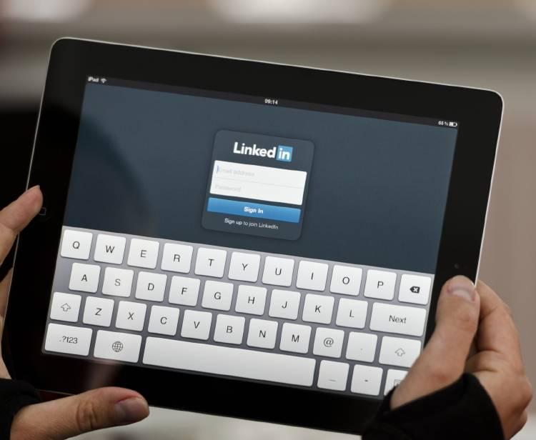 linkedin-tablet-empresa